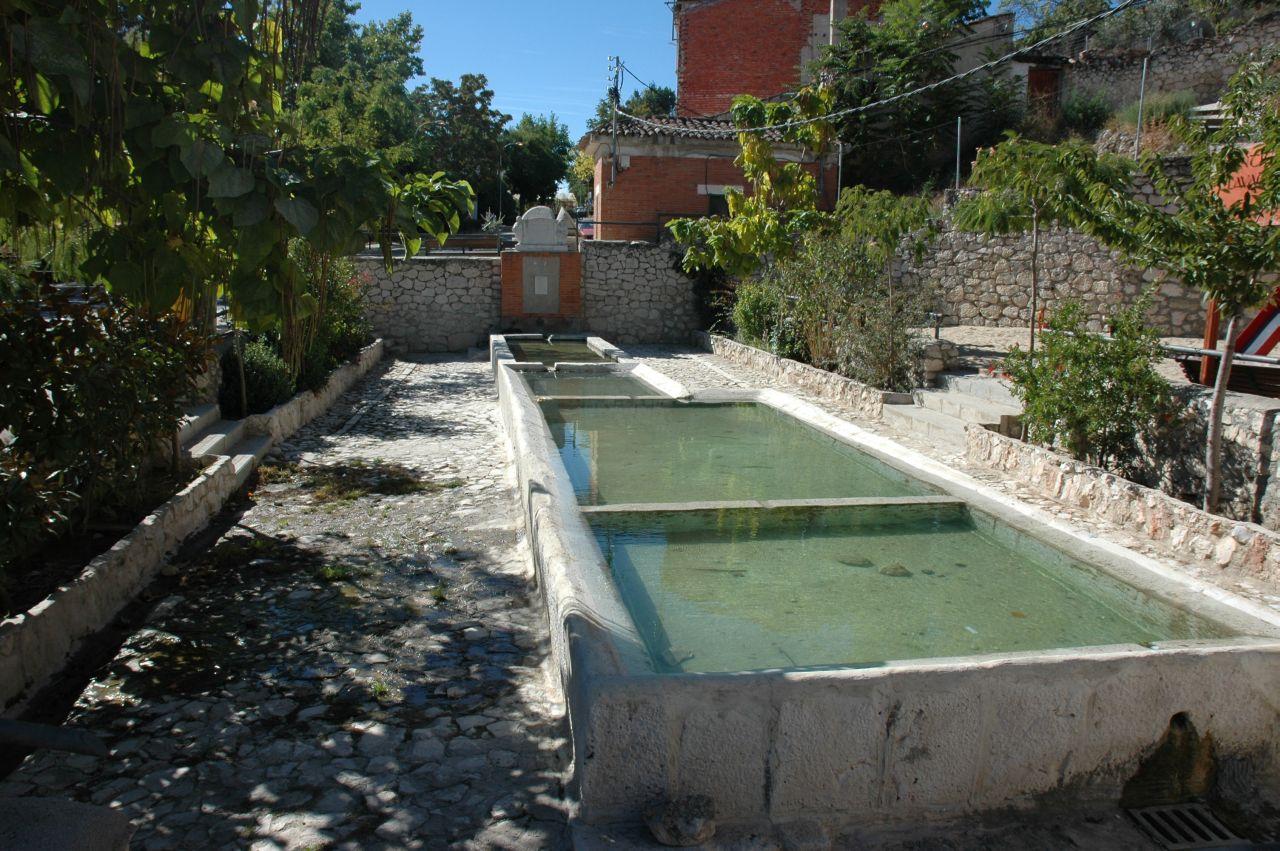 valdelaguna_monumento_los_lavaderos